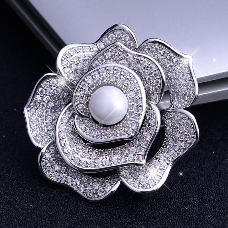 Vintage Luxury Pearl Rose Brooches Pins Wedding Bouquet Rhinestone Flower Broach Women's Gift Brooch Collar Pin Bridal Jewelry