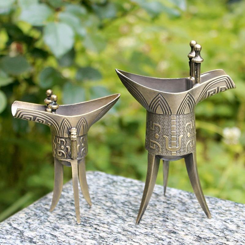 Taza de vino antigua, Artesanía de metal de China, creativa taza de regalo de estilo chino, copa de vino de bronce blanco