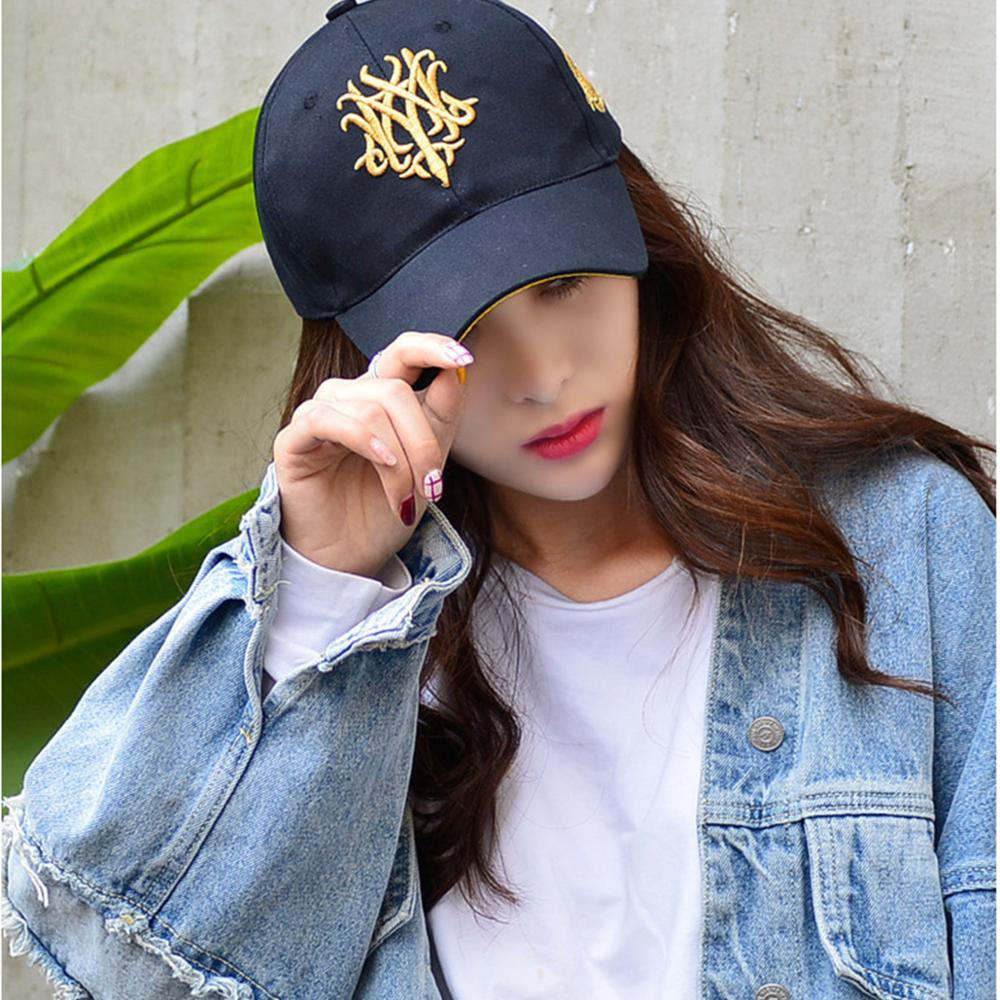 2019 Wolf Embroidery Baseball Caps Men Women Cotton Adjustable Couple Rap Dad Hat College Style Snapback Cap 6 Color Bone Gorras
