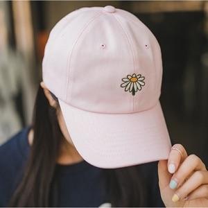 YouGeMan New Arrival Pink White Baseball Cap Korean Ulzzang Harajuku Floral Embroidery Lovely Snapback Hat Women Peaked Caps