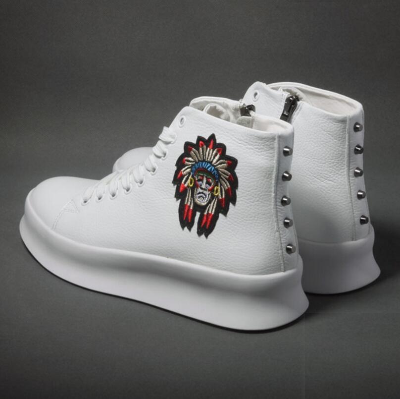 موضة جديدة عالية أفضل حذاء كاجوال للرجال ربيع الخريف المسامير تنفس أكسفورد البريدي أحذية رياضية Zapatos Hombre