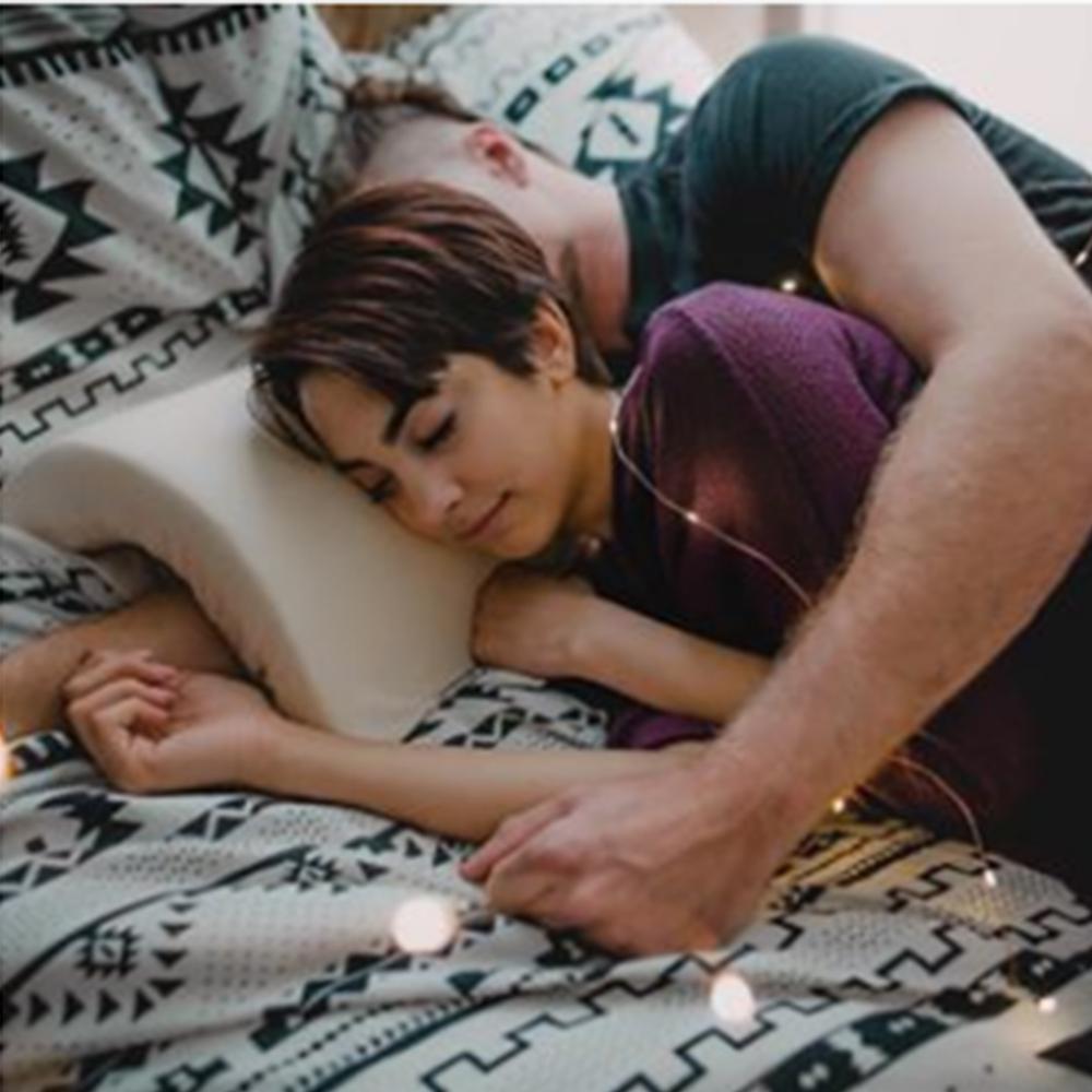 Almohada anti-presión mano hielo seda pareja almohada romántica hogar almohada