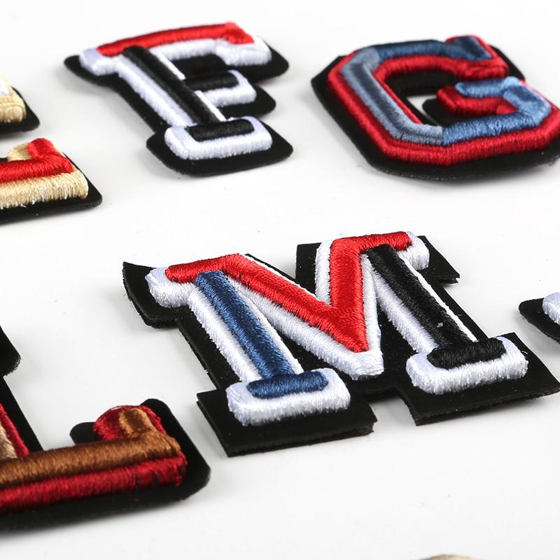 3D מכתב תוויות רקום לתפור על תיקון צבעוני שם תגיות כובע תיק חולצה DIY לוגו סמלי מלאכות האלפבית קישוטים