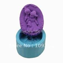 1pcs Bridegroom Carry Bride(R0804) Silicone Handmade Soap Mold Crafts DIY Mold
