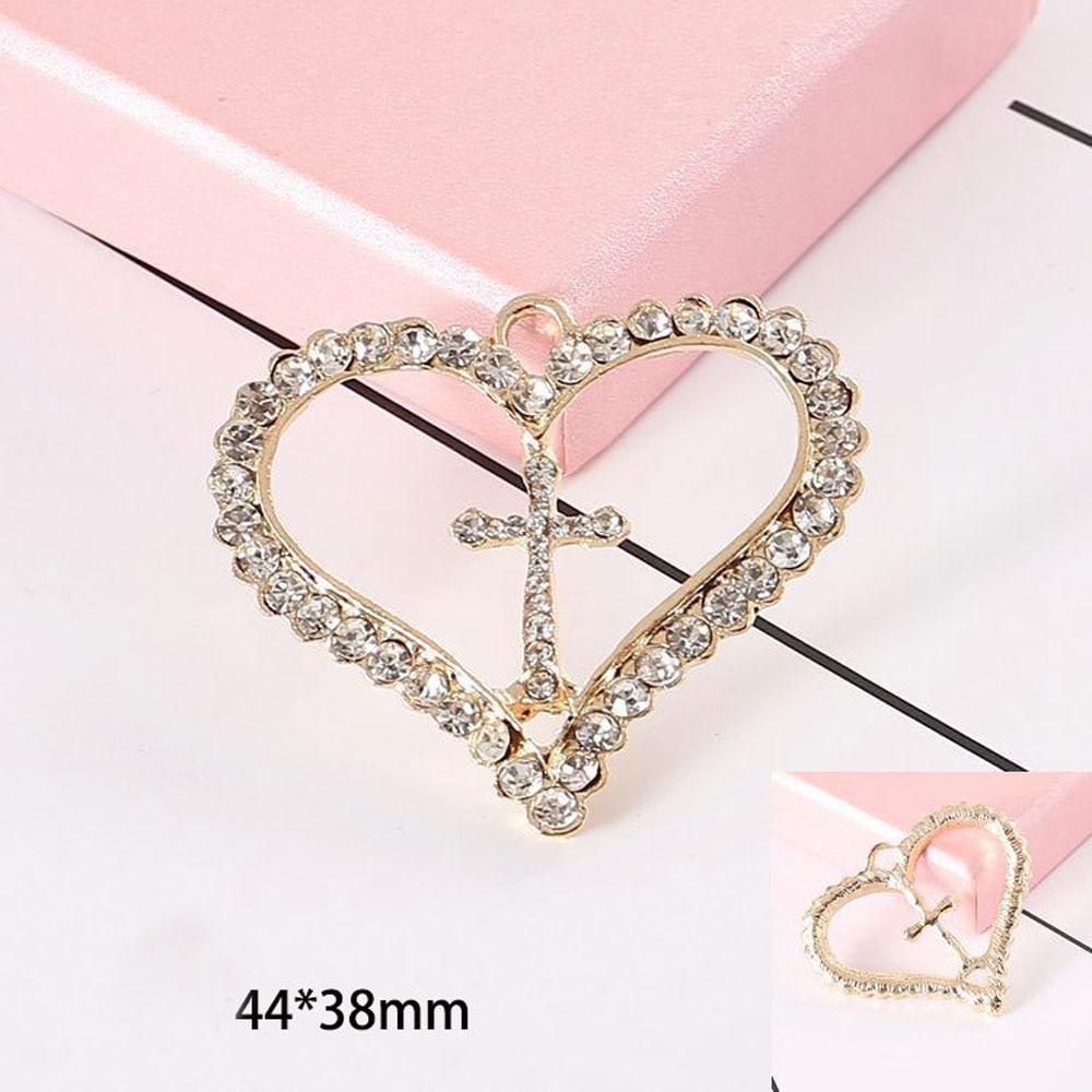 Купить с кэшбэком 2pcs/lot Heart Rhinestones Buttons Mobile Phone Shell Accessories DIY Materials Handmade Materials Jewelry Hair Bow Shoes