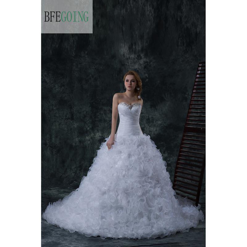 Blanco de Organza sirena/trompeta piso-longitud vestido de boda capilla tren volantes falda cordón bordado