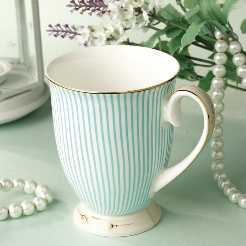 Elegant Tea cup British Purified Ceramic Cup Bone China Blue Stripes Coffee cup Golden Pattern Fashion Unique Design Goblet