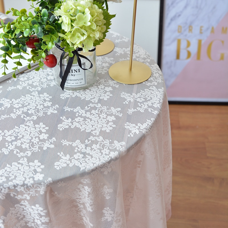 2019 European Style Round Lace Table Cloth 1pcs Romantic Tablecloth For Wedding Home Decor 3 Colors Soft Table Cover 7 Sizes