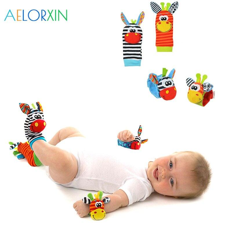Nuevo Animal lindo suave sonajero para bebé con animales Niños Infantes recién nacidos calcetín de felpa bebé juguete muñeca Correa calcetines para pies de bebé