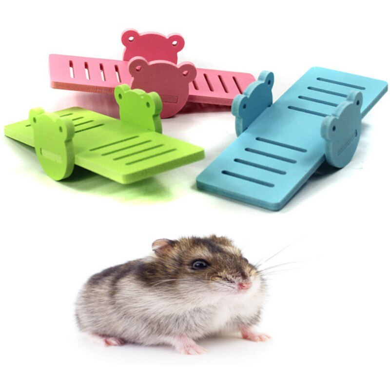 Brinquedo pequeno dado forma animal da gangorra do pvc para animais pequenos hamster anão