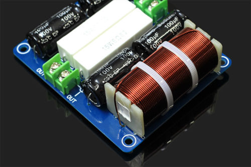 1 STÜCKE Hohe qualität HIFI Auto Verstärker Passive Subwoofer Audio Frequenz Teiler Crossover Filter 200 Watt neue