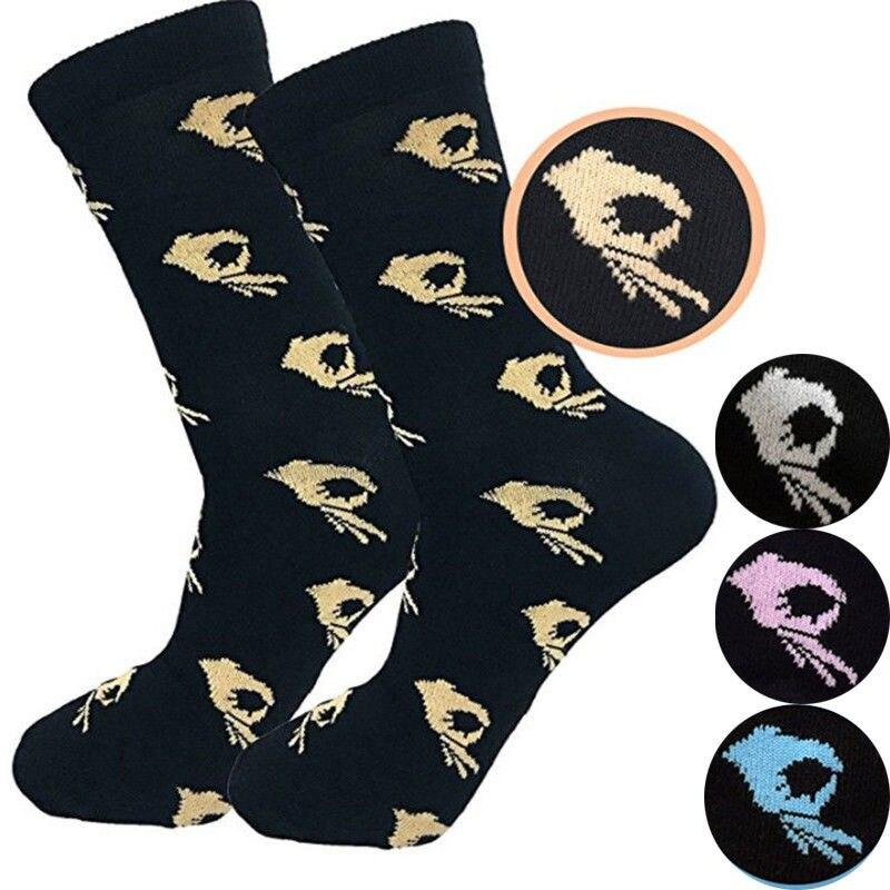 Neue 1 Paar Unisex Mode Hohe Strumpfwaren Socke Frauen OK Drucken Coole Socken Crew Socke Männer Lustige Cartoon Kunst Baumwolle weiche Socken