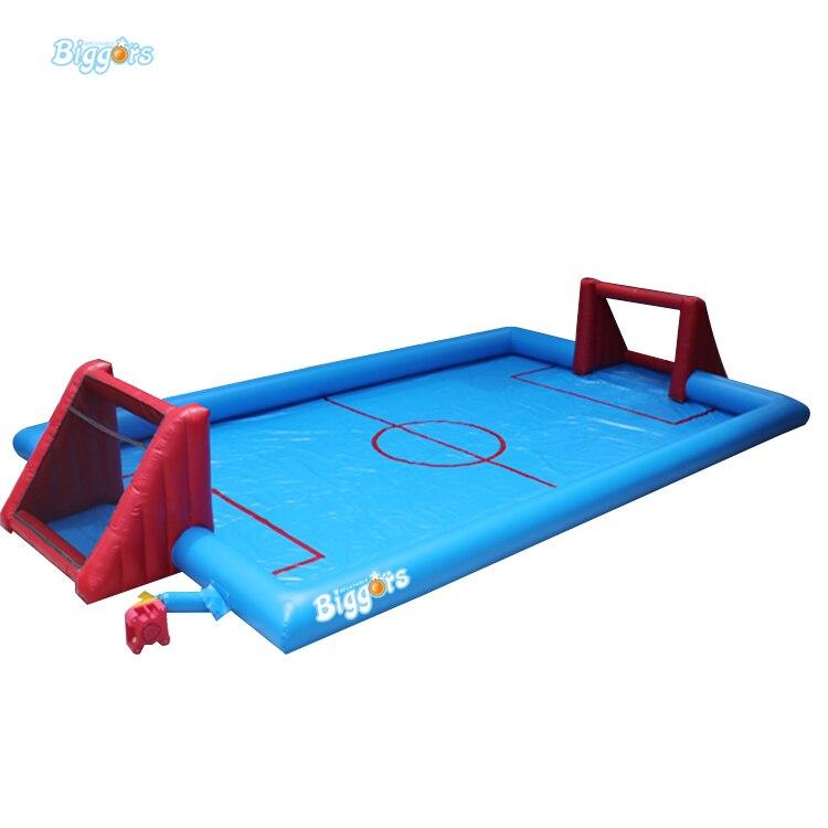 Campo de fútbol inflable pequeño del agua del jabón para el juego del deporte