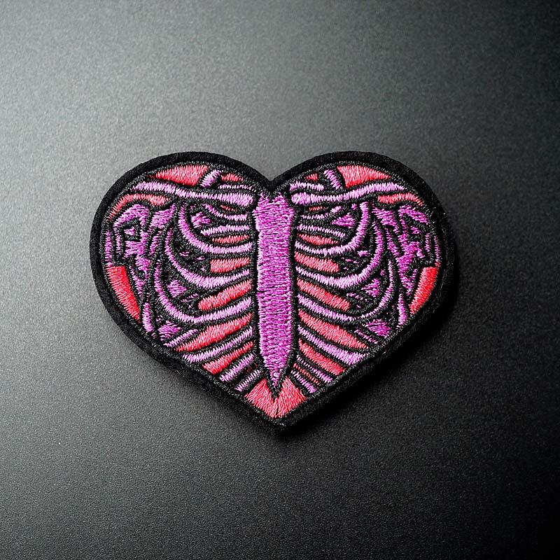 Размер сердца: 5 2x6 6 см сделай сам нашивка вышитый значок Симпатичные значки хиппи