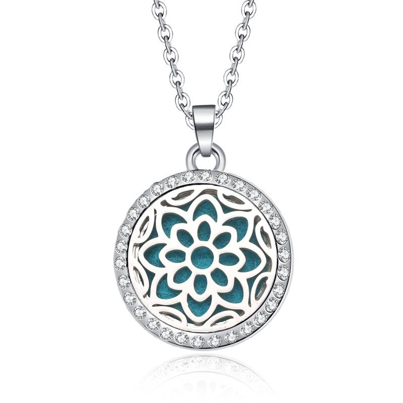 New Aromatherapy necklace Beauty flowers locket Essential Oils Aroma Diffuser rhinestones locket Per