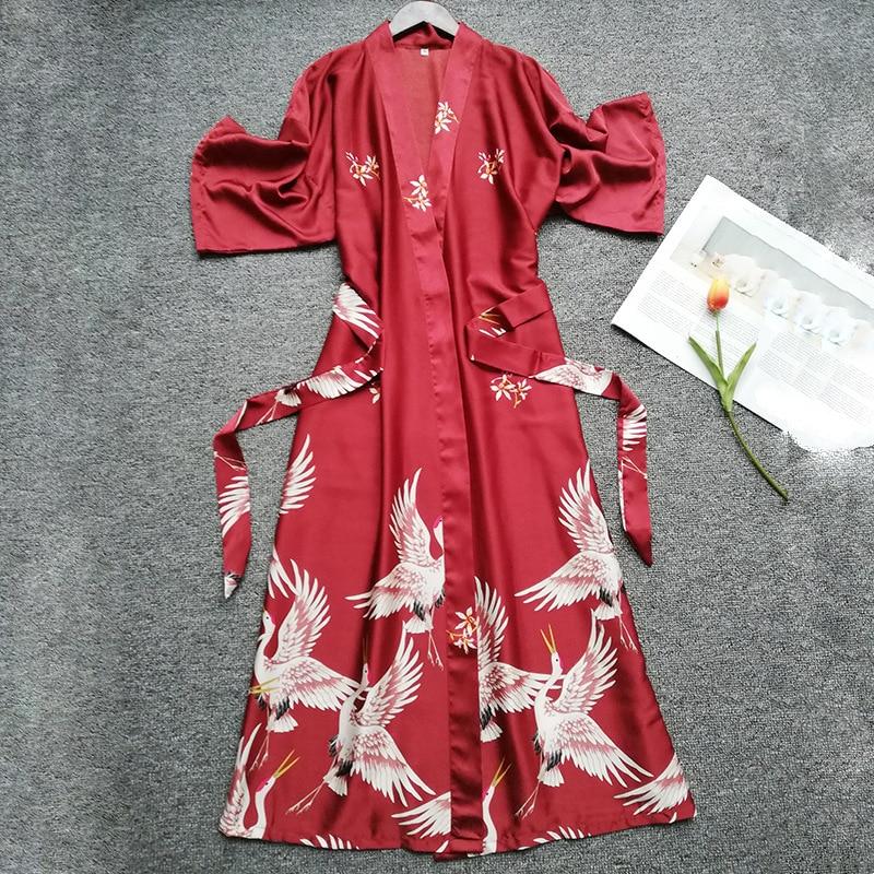 Summer Women Silk Short Sleeve Bridesmaid Robe Sexy Lingerie Sleepwear Nightgown Elegant Robes Satin Print Kimono Bathrobe