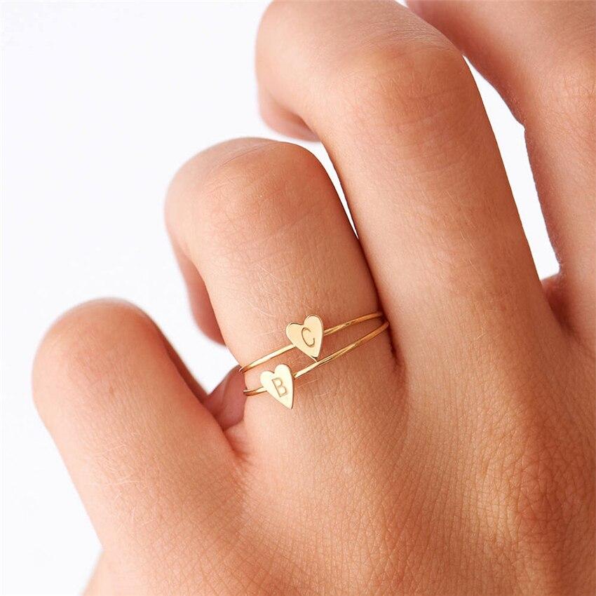 De Oro personalizado iniciales A B C D E F G H I J K L M N O P R S T U V W X Y Z del dedo del pie anillo corazón anillo para mujer regalo