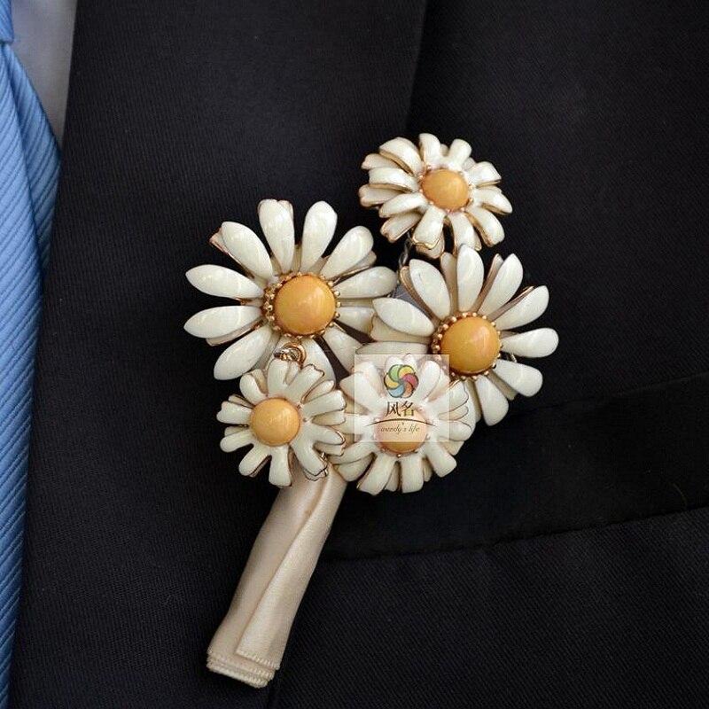 Flores Do Casamento Melhor Homem padrinho de Casamento Festa de Formatura Rosa Ramos Misturar cores Boutonniere Corsage Pin Noivo luxo