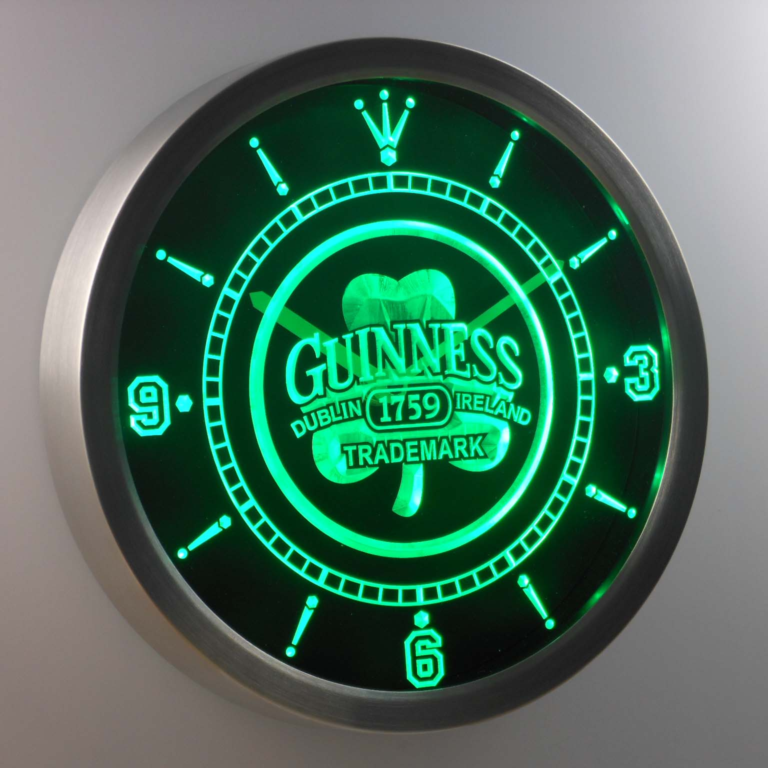 Nc0108 Guinness 1759 Shamrock Bar Bier Neon Licht Zeichen LED Wanduhr