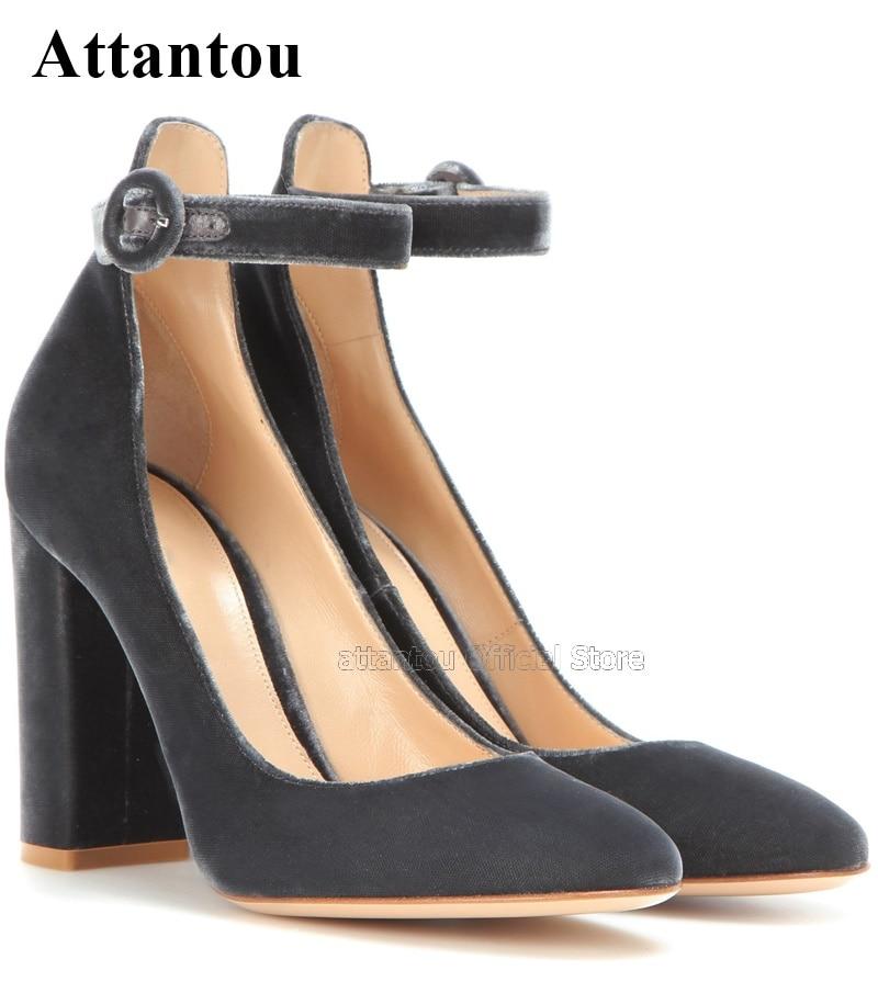 Pontas do Dedo do pé de Luxo as Mulheres Sapatos de Camurça Designer de Tiras Moda Vestem Tornozelo Hig Salto Chunky Praça Bombas Mulheres se no