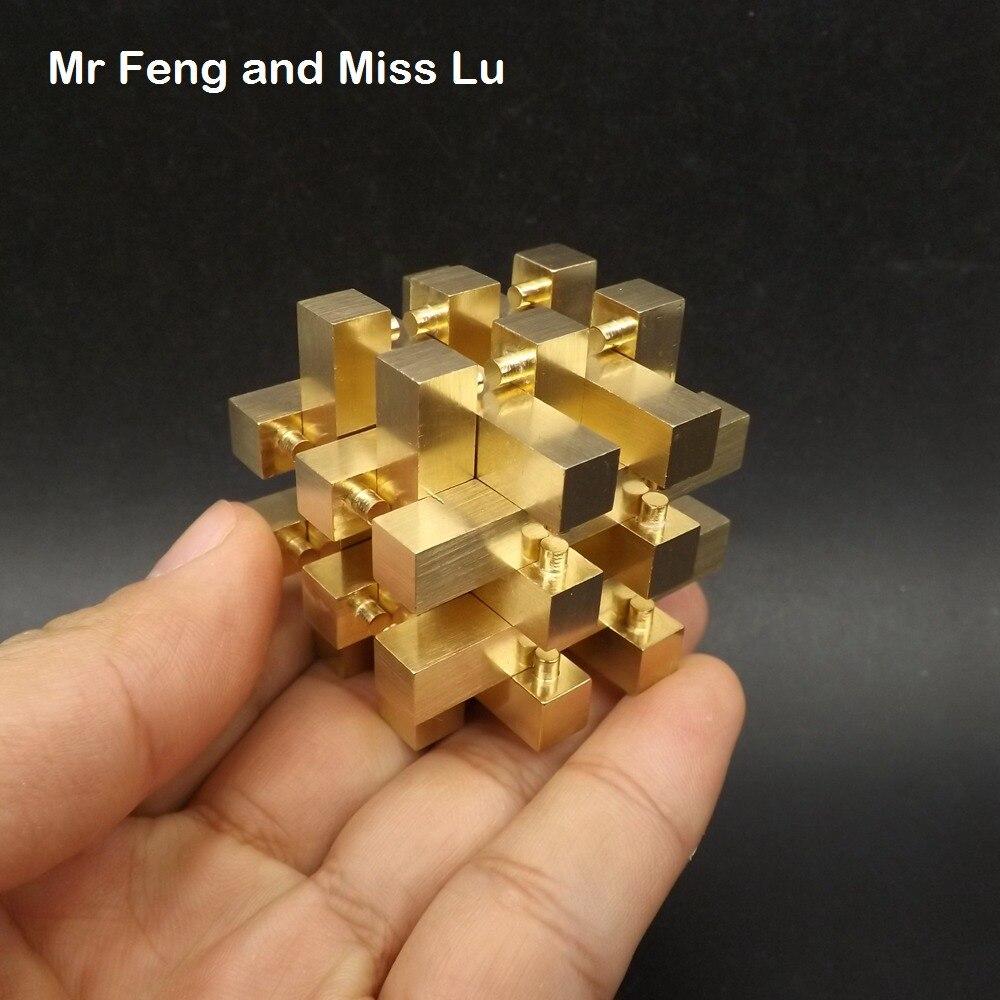 Colección Pure Brass Metal Puzzle cobre modelo 18 columnas Brian Teaser Gadget solución inteligencia juego decoración de Juguetes