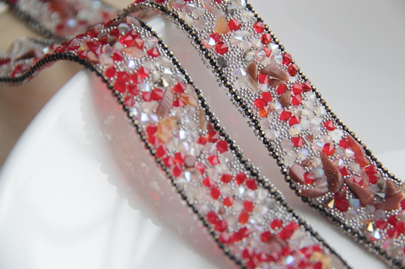 Embellecedor de encaje con cuentas de diamantes de imitación negros, apliques de cristales, parches de adorno de encaje de hierro para ropa