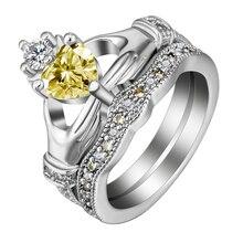 Hainon mode Claddagh Style main à coeur bague blanc jaune CZ couronne cristal amour couleur argent anneaux de mariage ensemble pour femmes hommes