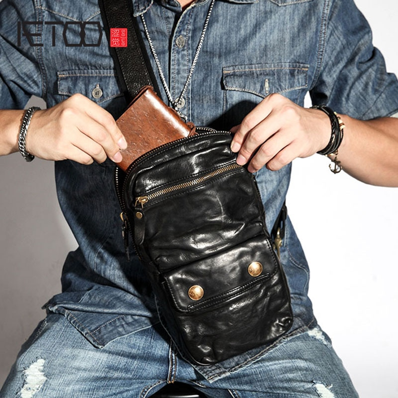 AETOO Retro chest bag mens leather shoulder diagonal casual  street personality first layer