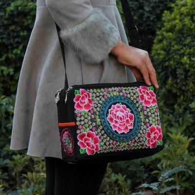 Bordado nacional de compras bolso! Floral caliente bordada tres-Zipperr bolsas étnicas nacionales Top bohemio de lona de la señora portador