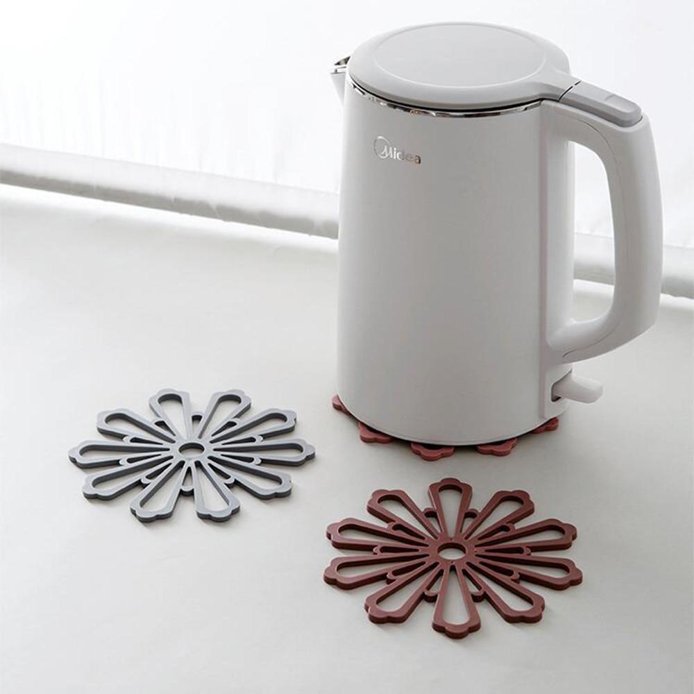 Posavasos hueco almohadilla cojín bebidas té taza vajilla decoración mantel madera natural redonda rebanada taza posavasos