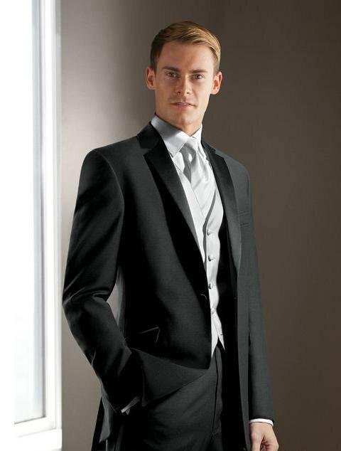 Traje de novio elegante Gris Carbón muesca solapa de Satén esmoquin/trajes de boda trajes de padrino de 3 piezas (chaqueta + Pantalones + chaleco + corbata)