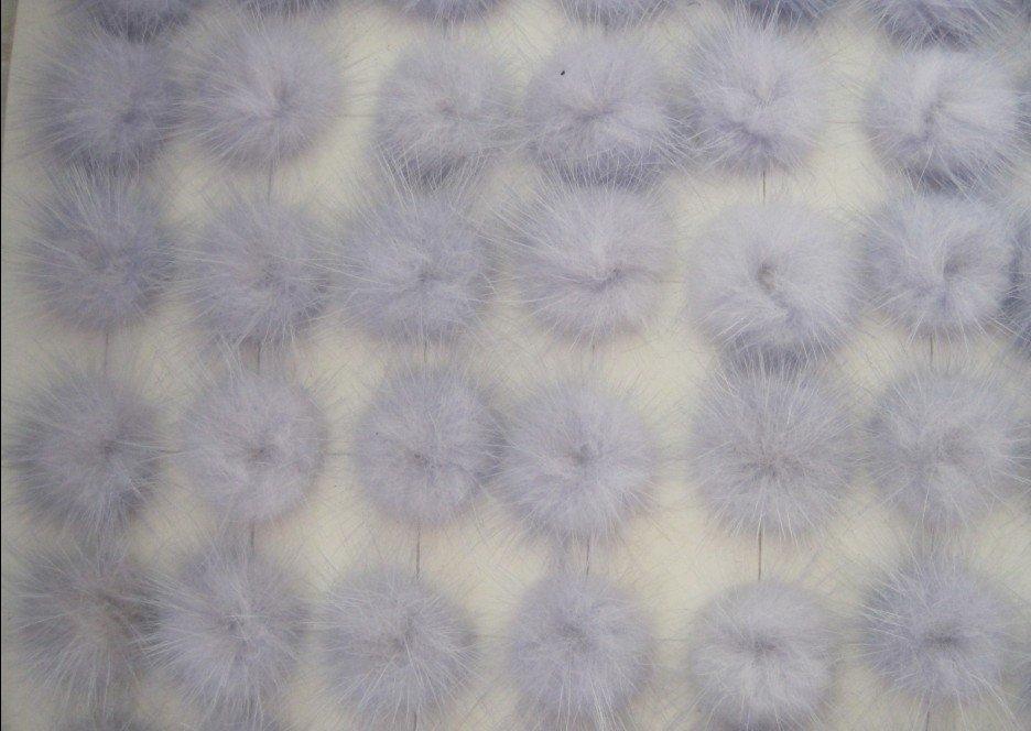 Free shipping!!!! Wholesale100pcs/ lot light purple Fluffy Mink Fur Ball Black pom pom