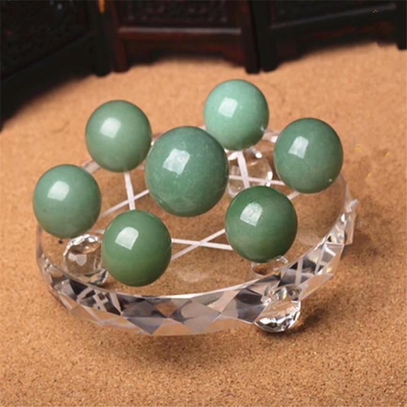 Natural crystal dongling jade green jade ball seven-star array