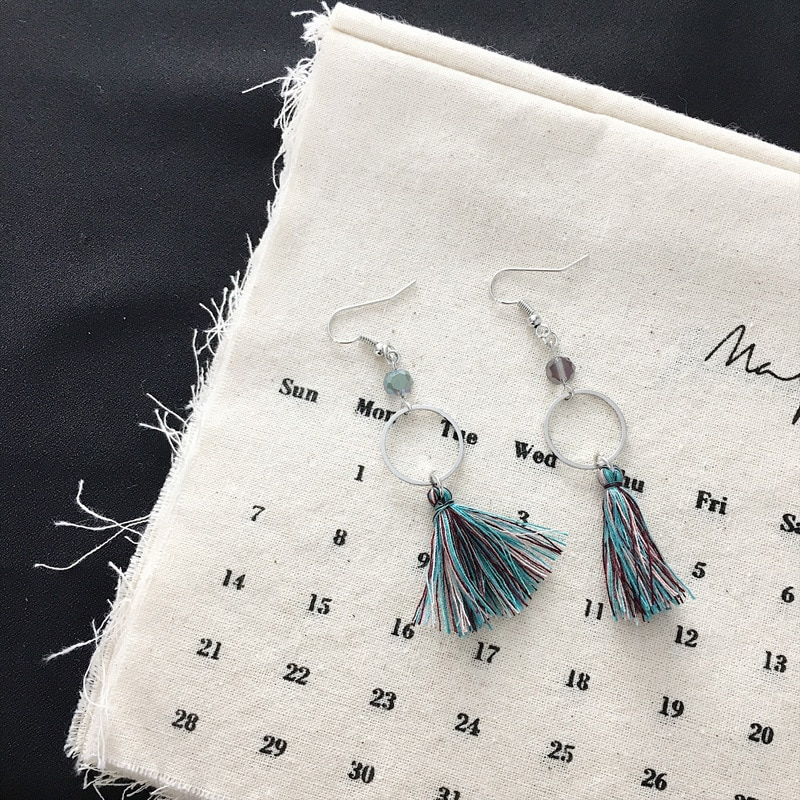 Bohemios 2018 nuevos Pendientes de moda Simple Multi-color borla cuentas MS Pendientes...