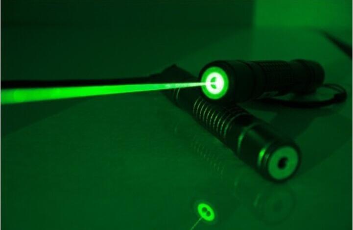 Super potente puntero láser verde 200000m 532nm de alta potencia LED Lazer linterna presentador quemador Match envío gratis
