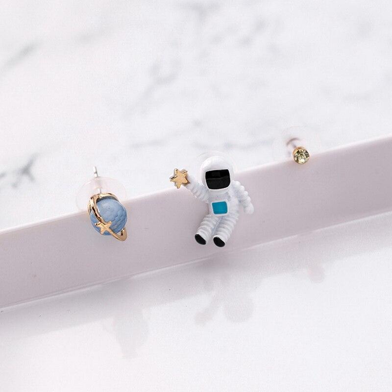 3 uds lindo astronauta estrella universo planeta astronauta diseño Stud Pendientes mujeres moda Simple dulce oreja joyería Pendientes ER68