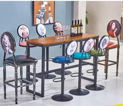 Винтаж стулья. Американские барные стулья. Используйте обеденный стул с высокой стопой.