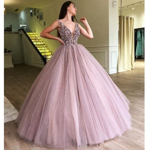 Romatic Long Quinceanera 2020 Ball Gown Puffy Heavy Beaded Pearls Arabic Style Lavender Sweet 16 Quinceanera Dresses