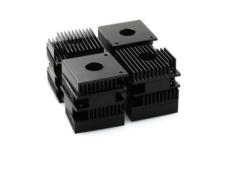 2pcs 40*40mm MK7/MK8 heatsink black aluminum radiator for Reprap i3 MK7 MK8 extruder