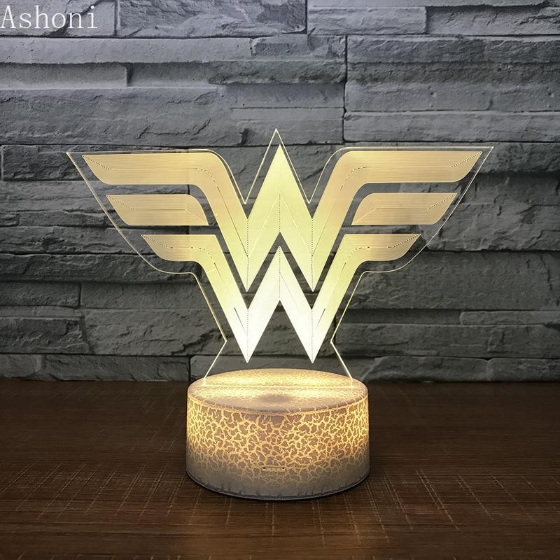3d acrílico led night light wonder woman logotipo forma toque 7 mudança de cor mesa lâmpada festa luz decorativa presente natal