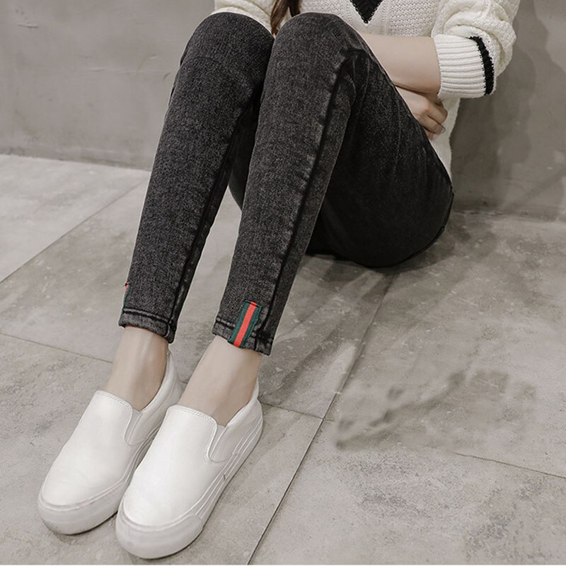 Denim jeans High Maternity Clothes Maternity trousers pregnancy Capris Maternity Pants For Pregnant Women maternity jeans maternity nursing trousers for pregnant women pregnancy jeans pants maternity clothes for pregnant women e0037