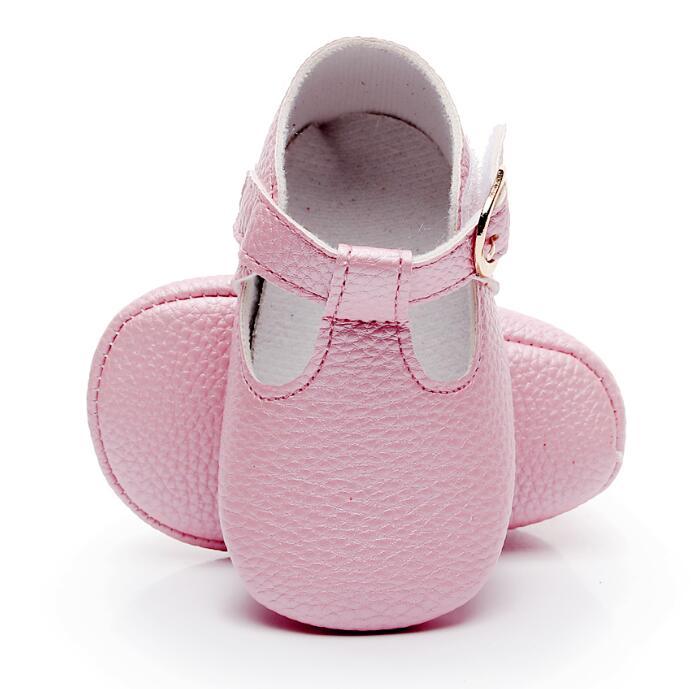 Bebe couro do plutônio do bebê princesa menina mocassins do bebê sapatos arco t-bar macio sola antiderrapante sapatos de berço