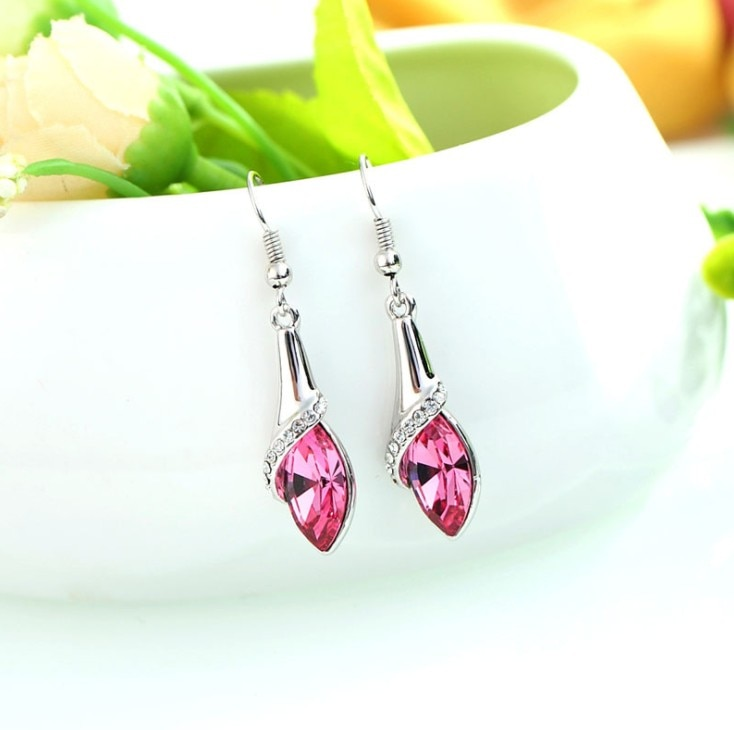 2020 NEW Jewelry Authentic Swarovskis teardrop shaped crystal earrings crystal From Swarovskis Ladies Fashion Earrings