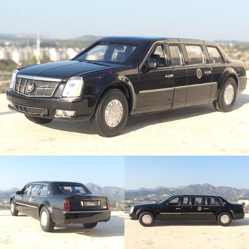 Escala 132, limosina presidencial, Limo de aleación metálica, modelo de coche fundido a presión para Cadillac DTS, juguetes de modelos de colección con sonido y luz