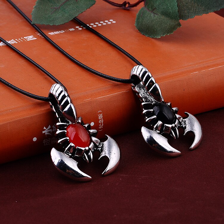 917   Personality Alternative Punk Style Leather Rope Black Orange Inlay Imitation Gem Scorpion Necklace For Men    N4192
