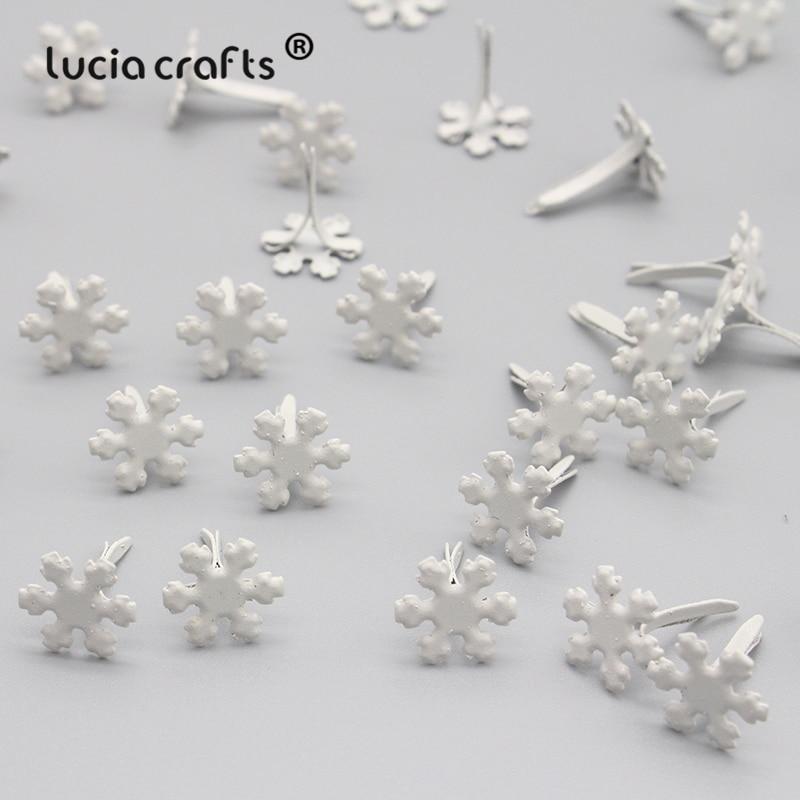 50PCS 12mm White Flower Snowflake Brads DIY Scrapbooking Album Embellishment Christmas Fastener Metal Craft Decoration G0912
