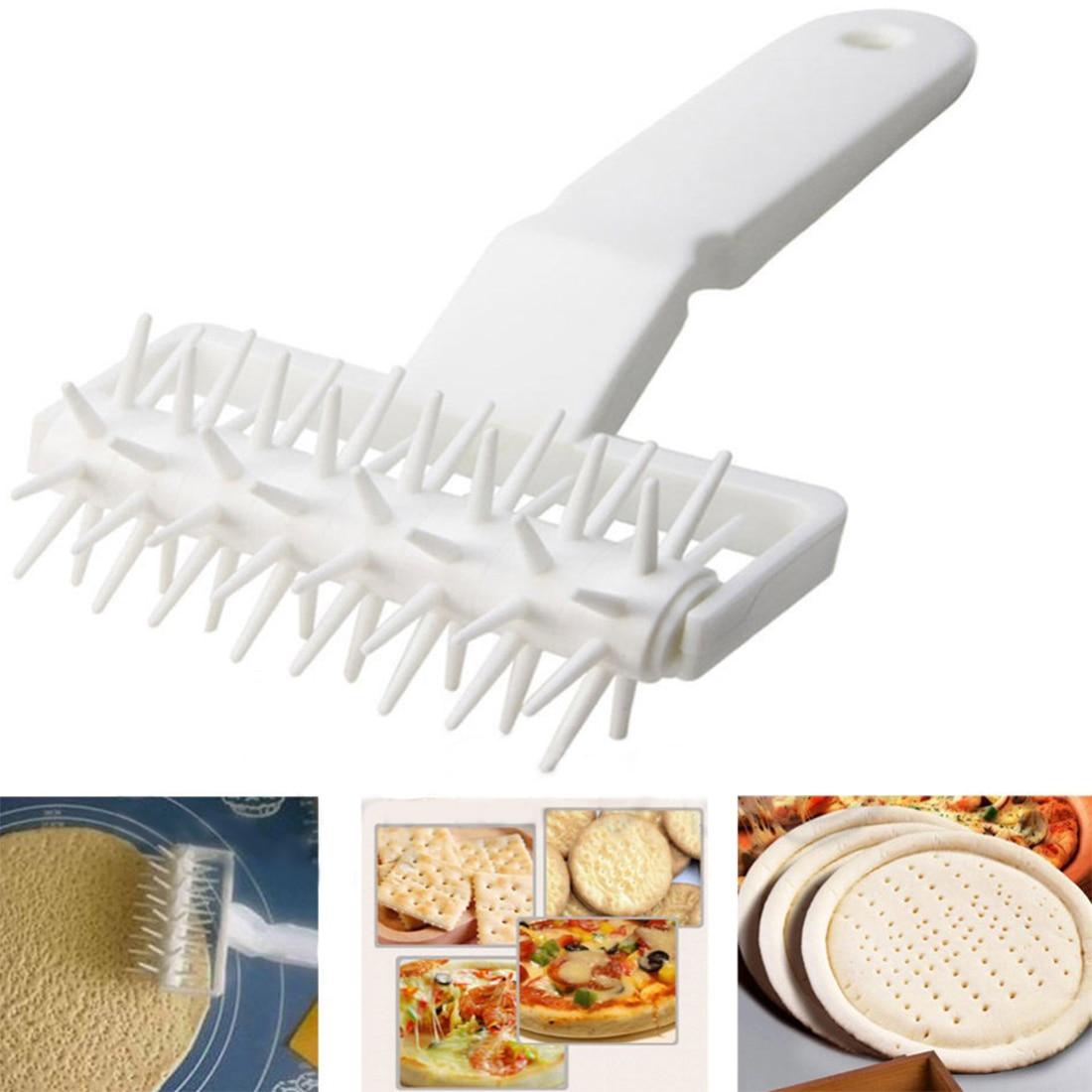 Grande Barato Prático Biscoitos de Pizza Pie Pastry Dough Roller Massa Pitter Crosta Embossing Ferramenta Cozinhar Ferramentas rodillo Masa