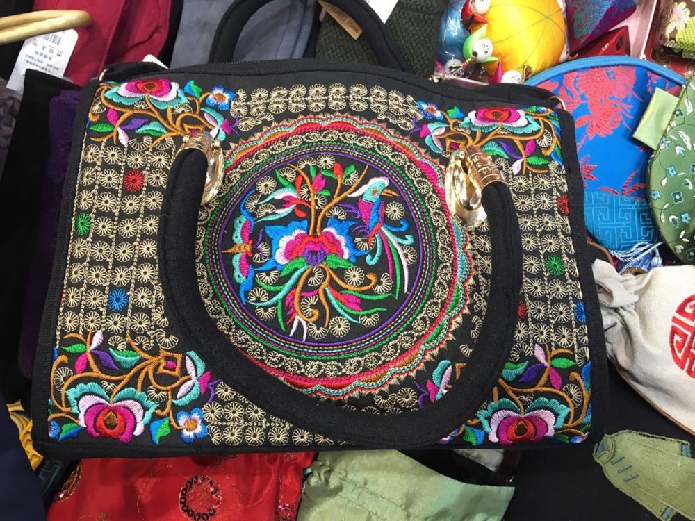 2019 new handmade bag Chinese traditional handicraft. China's intangible cultural heritage Handbags