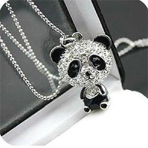 Joli émail strass Panda pendentif collier femmes cristal accessoires pull colliers bijoux expédition rapide