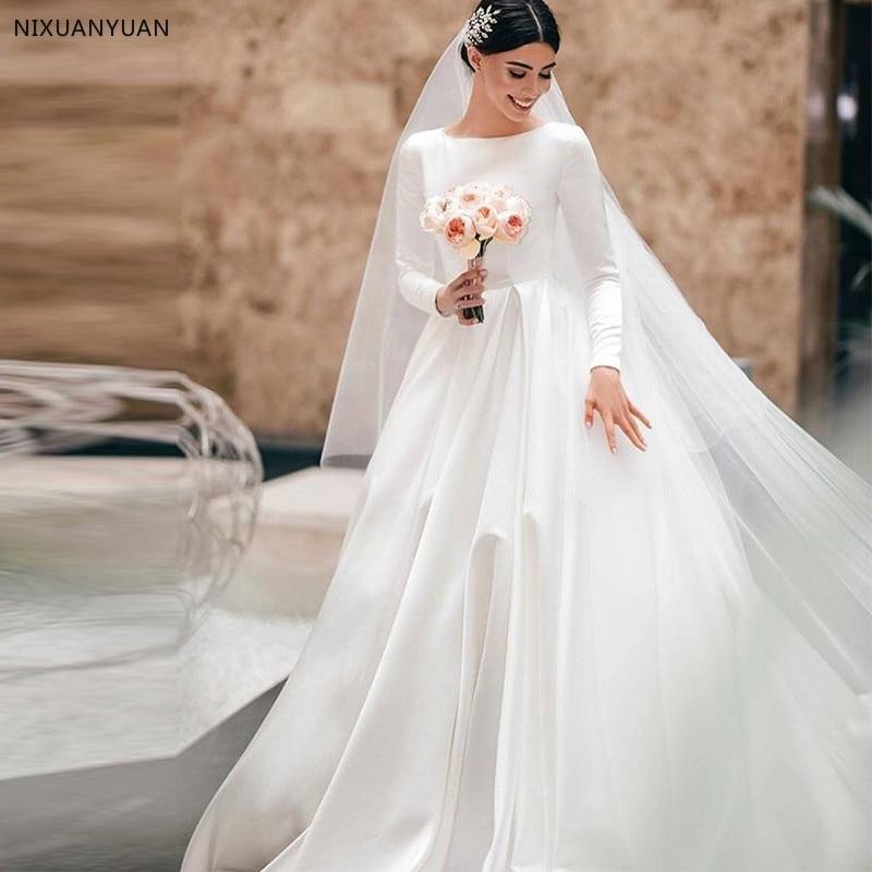 Simple Vintage White Ivory A-line Wedding Dresses Long Sleeves Royal Satin Bridal Gowns Castle Garden Bridal Dresses Custom Made